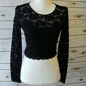 Express Lace Crop Shirt